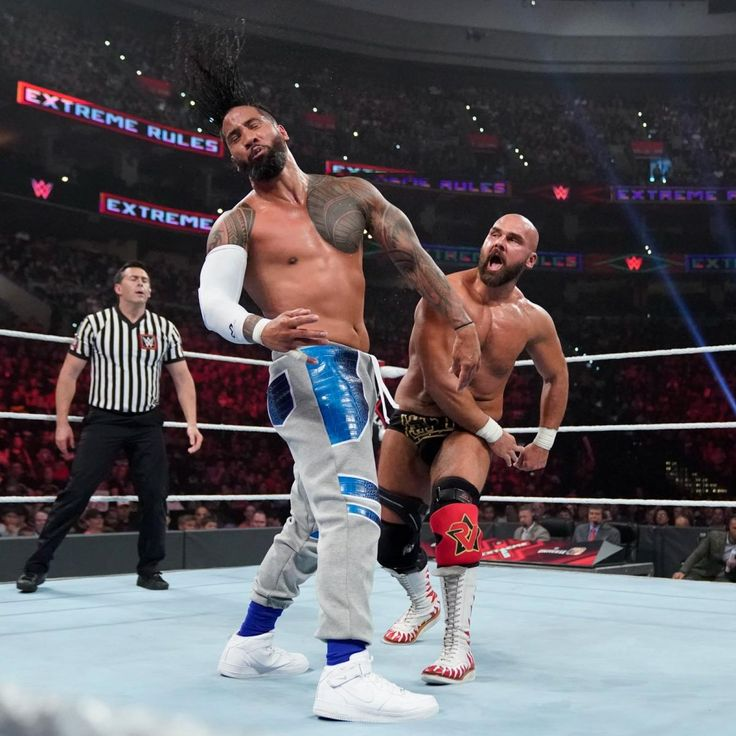 Photos The Usos and The Revival pull out all the stops in