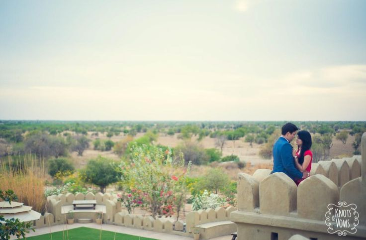 Mihirgarh, Jodhpur. A spectacular location for pre-wedding shoots. #prewedding #weddingphotography #preweddingIdeas
