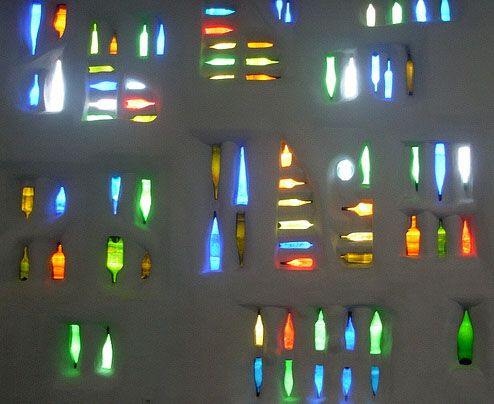 glass bottle wallCrafts Ideas, Bottle Wall, Gardens, House, Glasses Bottle, Bottles, Recycle Bottle, Recycle Glasses, Wall Design