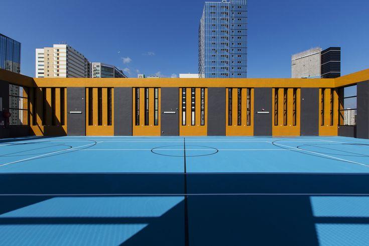 Gallery of Madam Wong Liu Wai Man Building / Andrew Lee King Fun & Associates - 6