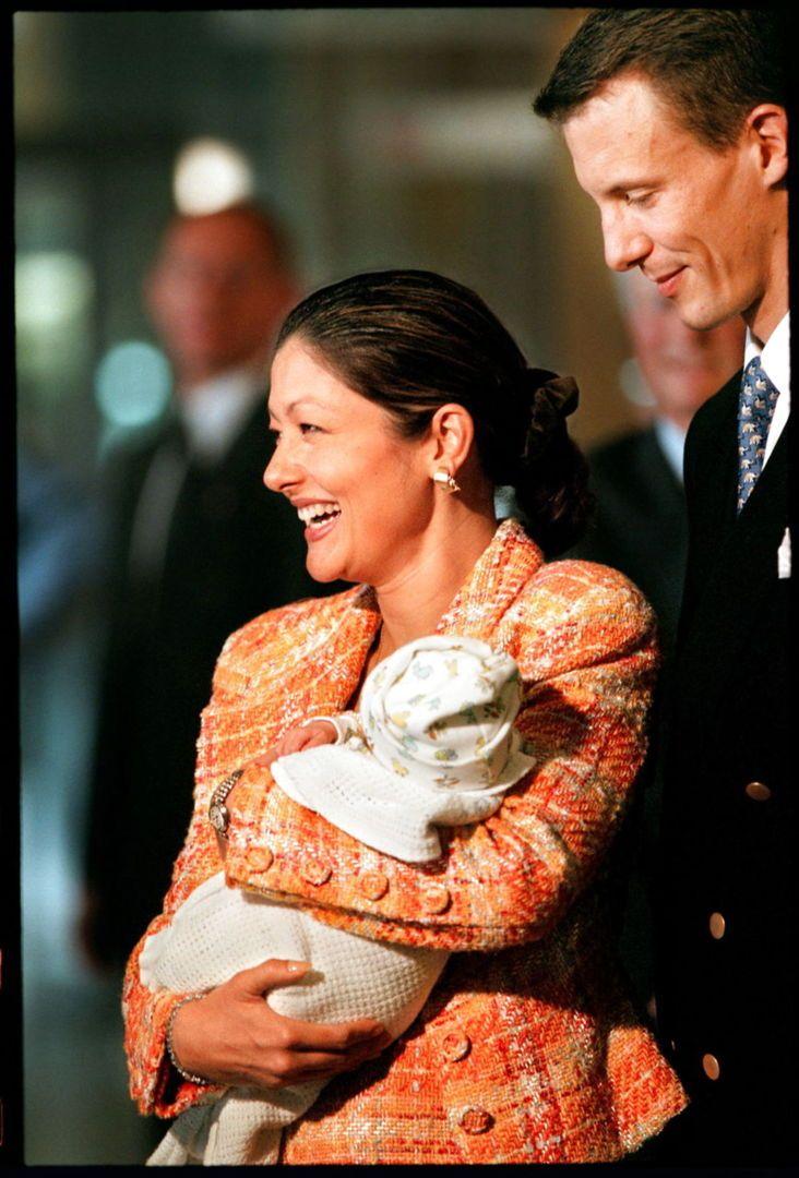 Tillykke Grevinde Alexandra Fylder 50 Bt Royale Www Bt Dk I 2020 Tillykke Historiske Billeder Billeder
