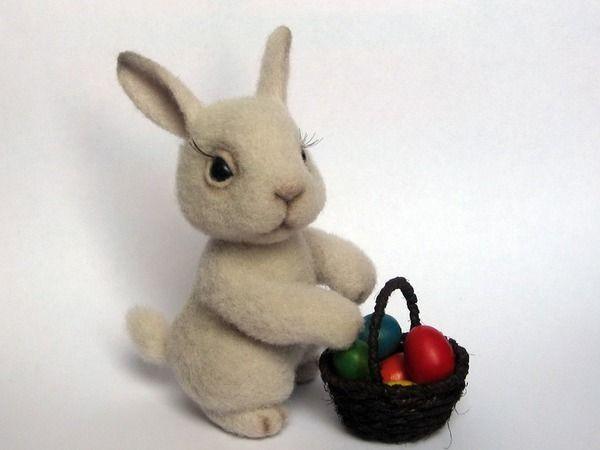 Валяние игрушки пасхальный кролик фото