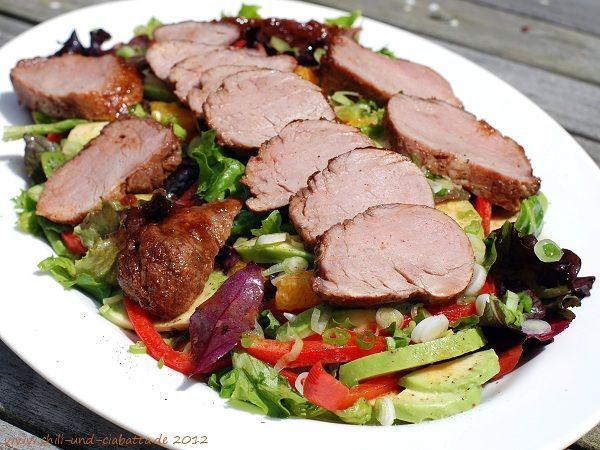 Gemischter Salat mit karamellisiertem Schweinefilet – Salate – #mixed #kar …  … – Salat Rezepte