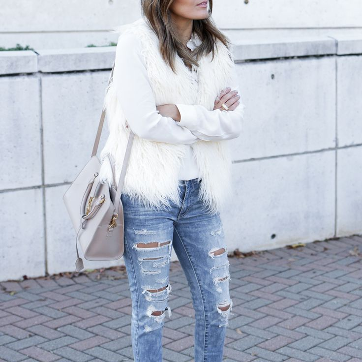 Sara from Style MBA embraced the winter white trend with our Faux Fur Vest and Denim X Jegging Ankle jeans. Check out the blog at blog.ae.com to see her white hot #AEOSTYLE.