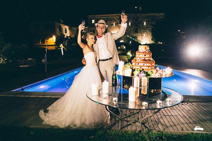#cutofthecake #toast #bride #groom #castelloimontignano #claudiabisceglie