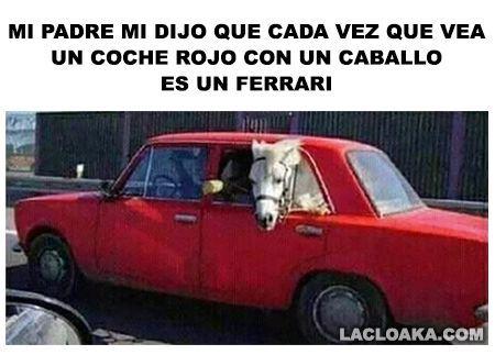 Coche rojo con un caballo – #caballo #coche #con #rojo