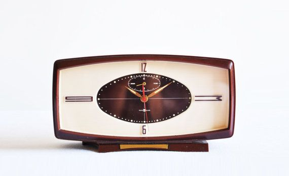 https://www.etsy.com/listing/165682967/midcentury-toyo-clox-alarm-clock | great hyper modern mid century design