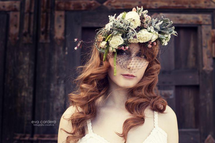 floral headpiece #timoboltefloraldesign #luxuryflowers #flowers #floralfashion #flowercrown #bridalwork #wedding #floraldesign