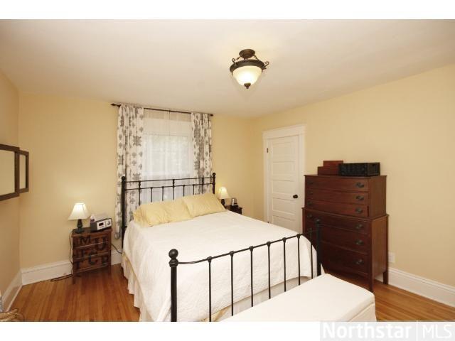 Pinterest Tiny Bedroom Solutions