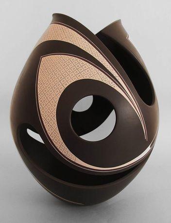 300 best big coil pots images on pinterest ceramic. Black Bedroom Furniture Sets. Home Design Ideas
