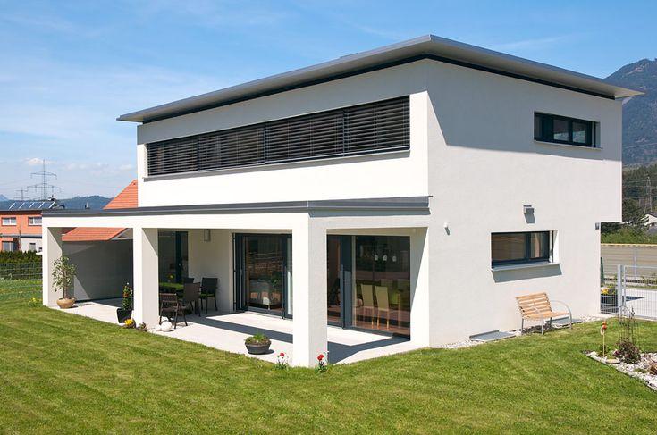 Einfamilienhaus, Nenzing, Flachdach mit Vordach, überdachte Terrasse,