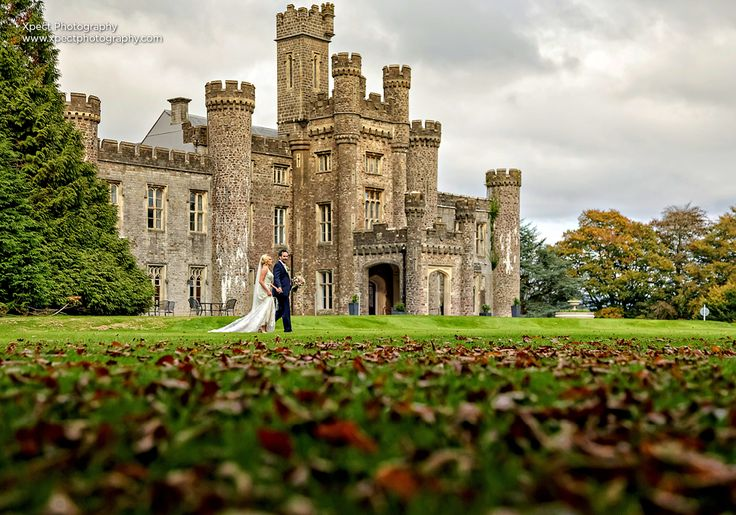 Autumn Weddings Ideas | Castle Wedding | Wedding Photography | Hensol Castle