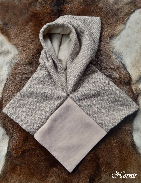 Woolen hood