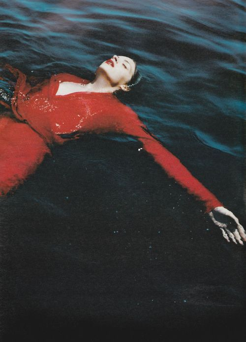 : Water, Mario Testino, Fashion Photo, Dresses, Posts, September 2000, Places, W Magazines, Photography