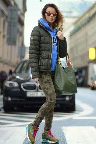 Спортивный стиль в одежде для женщин и девушек и фото модных спортивных образов