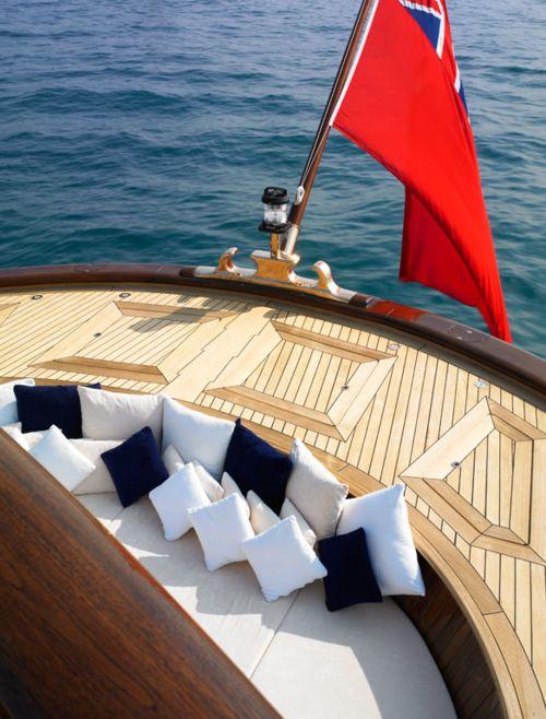 .: Sailing Freedom, Classic Yachts, Classic Boats, Pretty Things, Summer, Sets Sailing, Elegant Life, Nautical Life, Boats Lifestyle