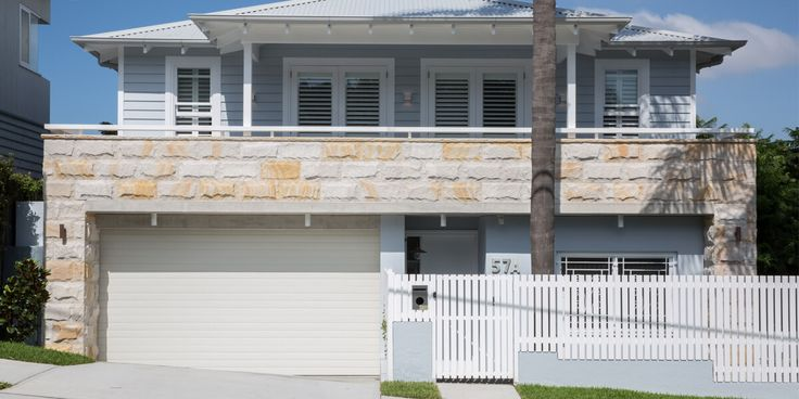 The pieces are sawn on the back, and rockfaced/natural on the front. This allows you to simply use an adhesive to mount them onto your brickwork. Easy, efficient and Australian.  #heritagewalls #australian #sandstoneblock #sandstonehouse #sandstonehome