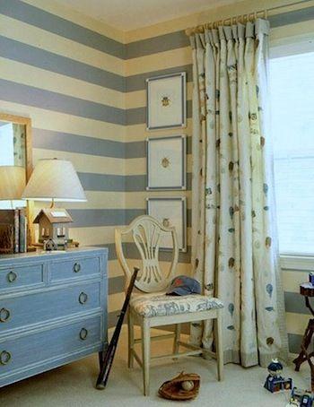 Boy's bedroom in light blue stripe.