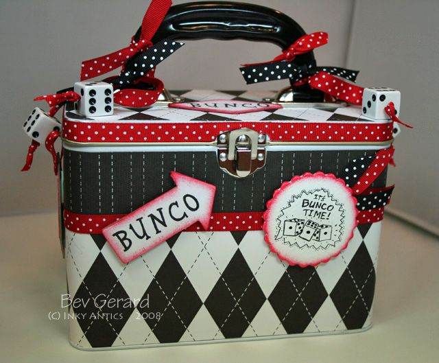 Bunco Organization. Holds members Phone #'s, Rotatiopn list etc.. I am so making one of these very soon!