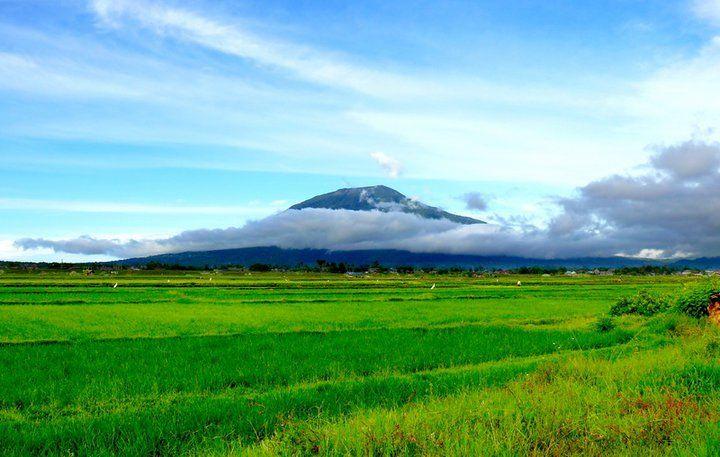 gunung singgalang Ref Background pemandangan alam