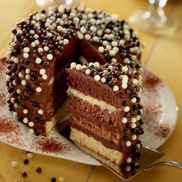 best 20 rainbow cake chocolat ideas on pinterest sucre. Black Bedroom Furniture Sets. Home Design Ideas