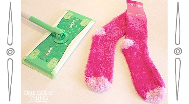 """Make Your Own Reusable """"Swiffer"""" Pads and Cleaning Solution"""