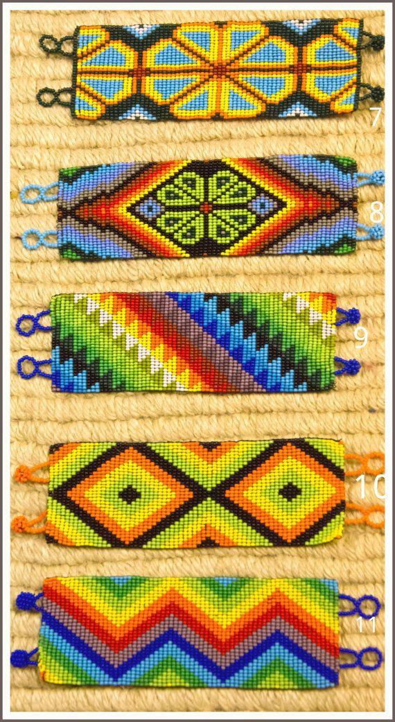 Beautiful handmade Huichol Mexican beaded por ChocoGoddess en Etsy