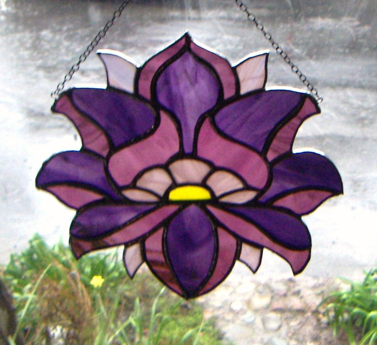 Stained glass lotus design