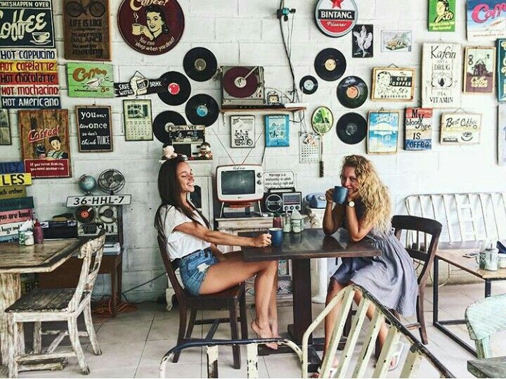 Coffee with Friend in Kafein