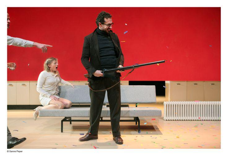Scènefoto Who's Afraid of Virginia Woolf? Kirsten Mulder, Sanne den Hartogh, Jacob Derwig foto: Sanne Peper