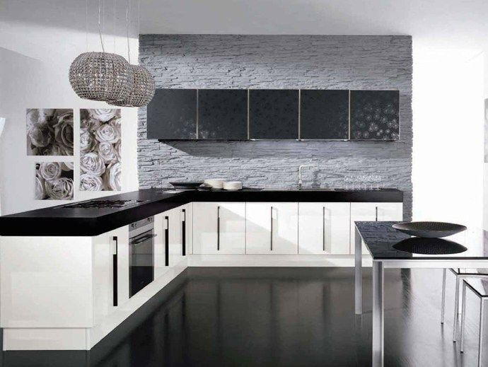 Lacquered wooden fitted kitchen with handles Nilde Collection by Cucine Lube