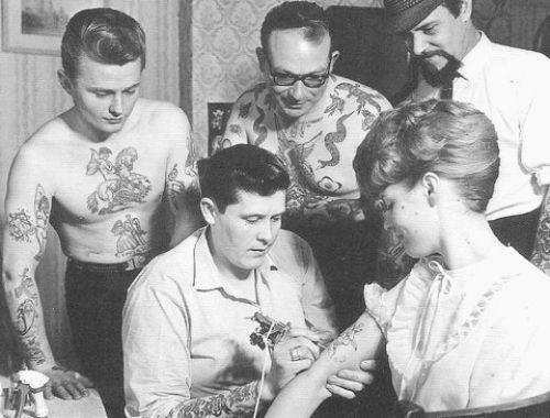 Haha!: Tattoo Women, First Tattoo, Tattoo Artists, Old Schools Tattoo, A Tattoo, Vintage Photo, Vintage Tattoo, Traditional Tattoo, Tattoo Ink