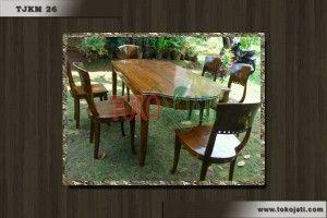 Kami menual dan menerima pemesanan segala jenis Furniture Jati Jepara seperti : kursi tamu, meja makan, tempat tidur, pintu gebyok ukir, gazebo, almari pakaian, almari hias ruang tamu dll untuk informasi selengkapnya silahkan hubungi kami di Telepon : +6285743676410 WhatsApp : +6285743676410 PIN BB : 24EF7C55