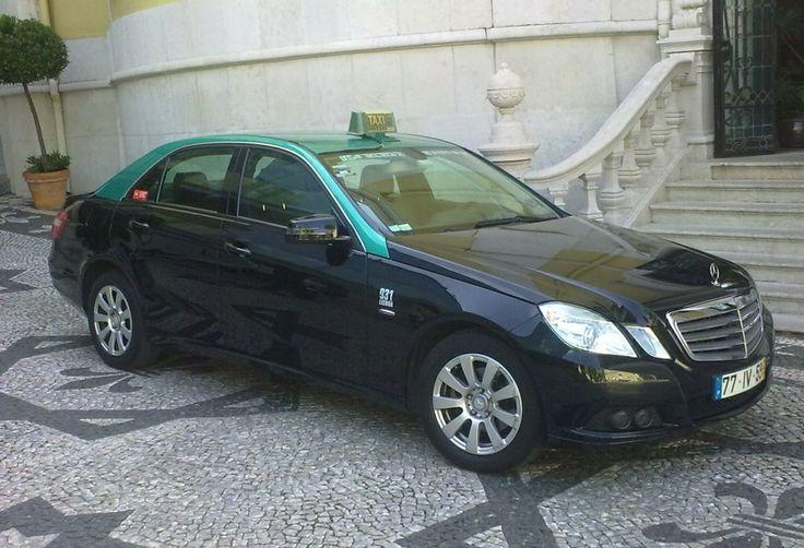 Le Tour du monde des taxis #buenosaires  #thevenoud #rapport #taxis #vtc #urbain  A vous de choisir la couleur pour les taxis français ! Le sondage :  http://www.lumieresdelaville.net/2014/04/24/rapport-thevenoud-une-meme-couleur-pour-les-taxis-en-france-sondage-quelle-sera-la-votre/