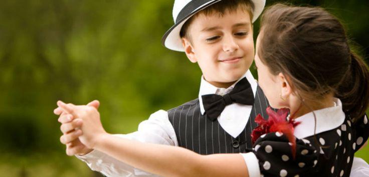 Διδάξετε στον γιο σας να γίνει ένας καλός μελλοντικός σύζυγος…