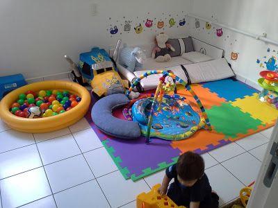 Quarto Montessoriano - adorei a ideia da piscina de bolinhas e chão com EVA