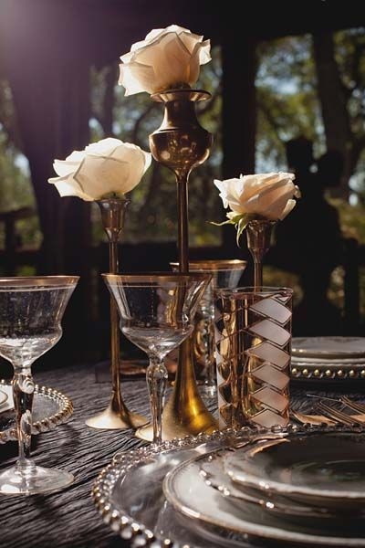 Centerpiece inspiration. This would be a good addition, and I can easily find and paint some taper holders.