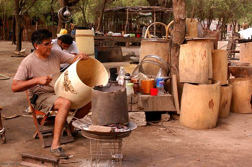"""The making of the argetinian """"Bombo"""" hand crafted."""