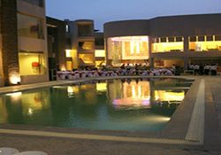 Are you looking for Best spacious Rooms in Resorts near delhi