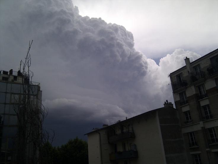 Storm over Paris. Meteo paris (75000 - FR) - 1er site meteo pour Paris et l'île-de-France - previsions meteo à 12 jours gratuites - Paris weather forecast