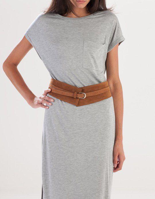 En Stradivarius encontrarás 1 Cinturón ancho cintura para mujer por sólo 7.95 € . Entra ahora y descúbrelo junto con más CINTURONES.