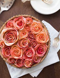 Apple rose tart, finished