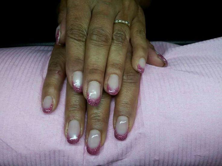 Brisa lite fuchsia kleur french manicure