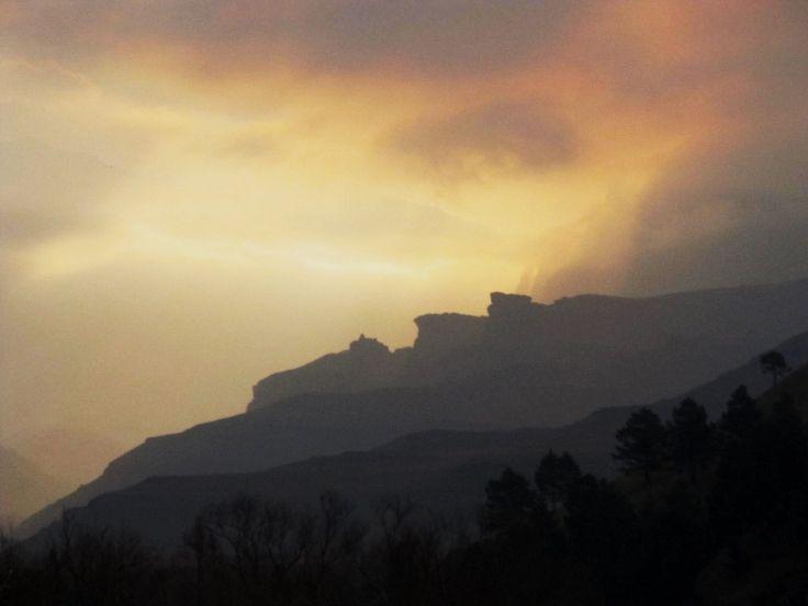 Beautiful sunset @Drakensberg Gardens Golf & Spa