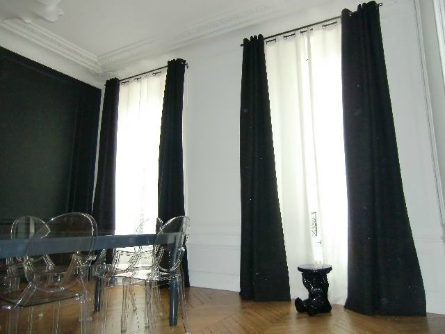 double rideaux en lin noir avec oeillets d co pinterest doubles rideaux rideaux en lin et. Black Bedroom Furniture Sets. Home Design Ideas