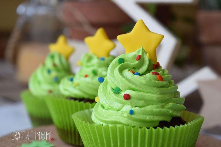 Christmas Tree Chocolate Cupcakes!