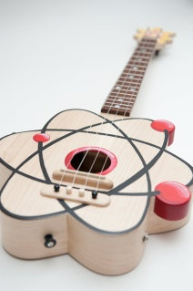 This etsy shop sells handmade ukeleles like this Atom ukelele. Wowwwww. (And not cheap.): Geek Gifts, Music Instruments, Big Bang Theory, Atoms Ukelele, Big Bangs Theory, Sell Handmade, Fathers Day Gift, Guitar, Atoms Ukulele