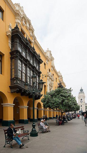 Pasaje Santa Rosa, Lima, Peru. Un lugar relajado para tomar un café o comer y contemplar el ambiente.