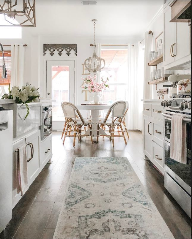 Where To Shop For The Best Area Rugs With Images White Kitchen