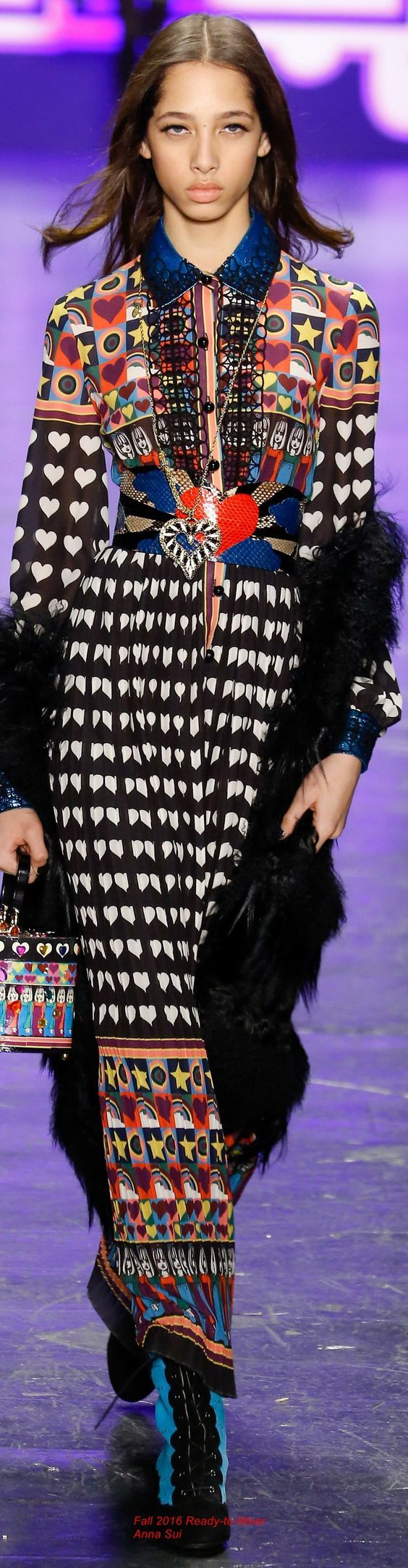 Fall 2016 Ready-to-Wear Anna Sui: